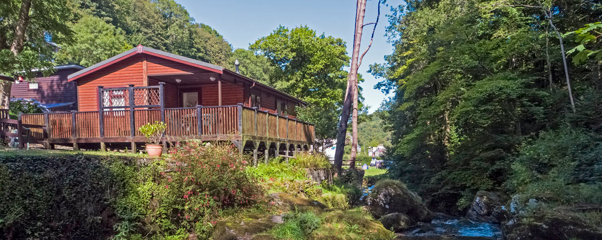 Dog Friendly Riverside Lodges at Sunny Lyn